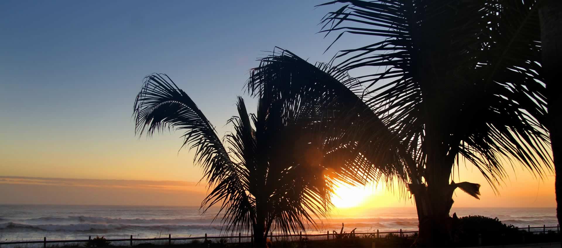 Oceanfront-cottages-sunset